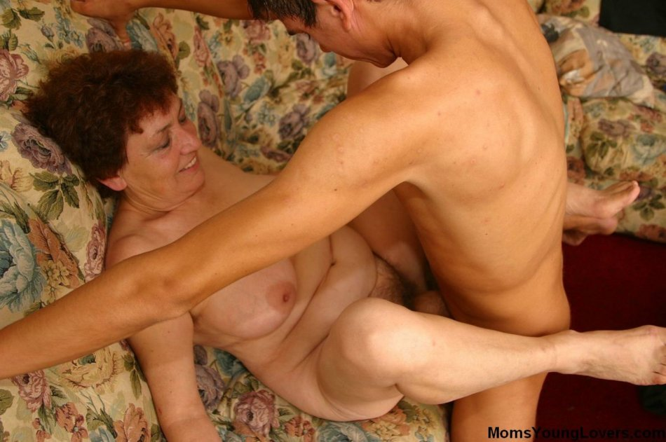 Cleopatra recommends Housewife lesbian anal tgp