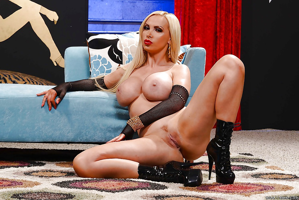 Carmella recommends Watching wife lick her