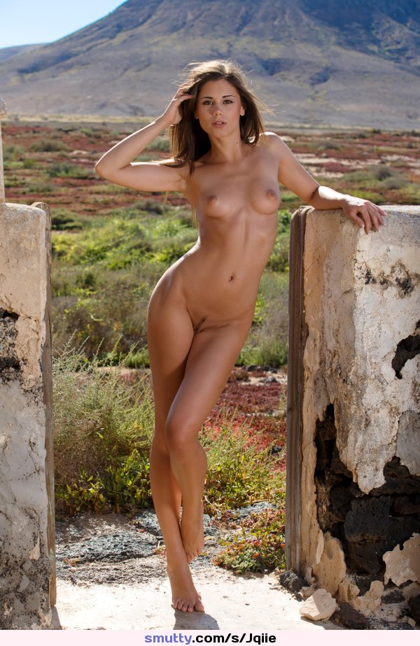 Georgine recommend Free shaved pussy wallpaper