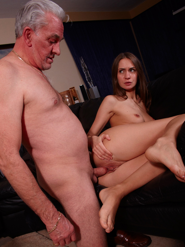 Carole recommend First deep penetration